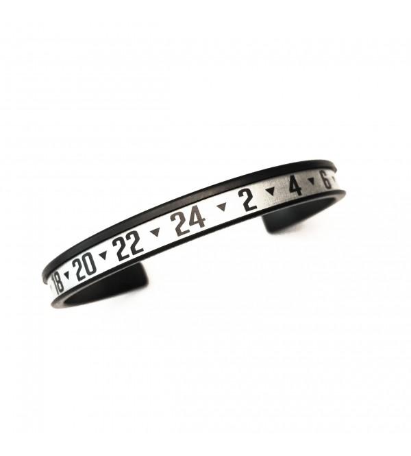 Arrow Dual Time bracelet, black DLC, white